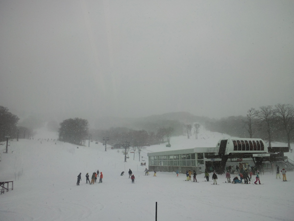 せめてひとなみに。-たんばらスキーパークを襲うクリスマス寒波