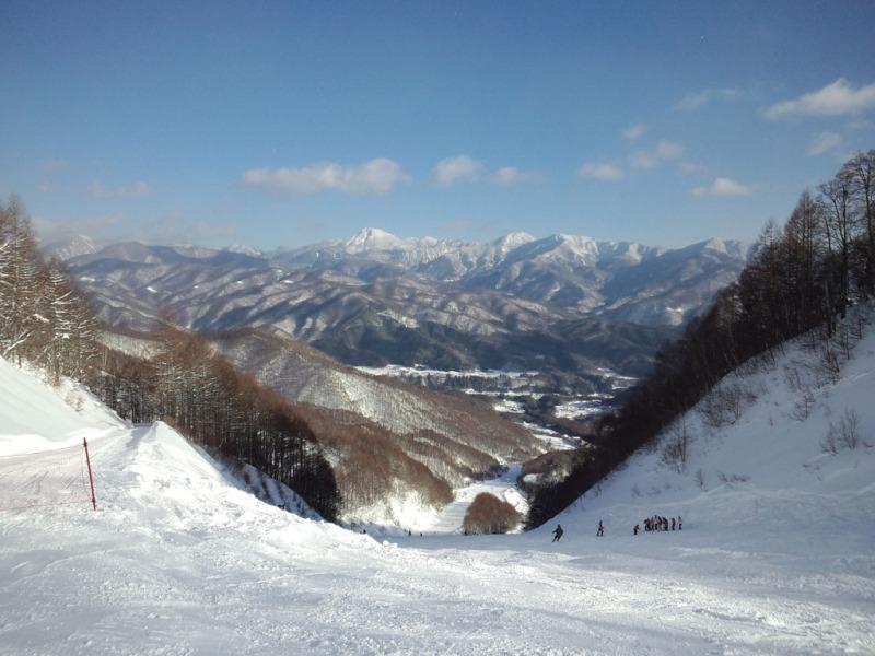 女子国沢コース。昼間で曇っていたけれど午後からよく晴れた