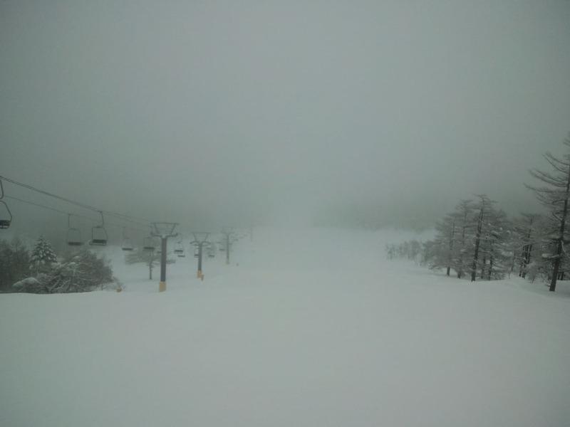 濃霧のアサマ。もっと濃い時もありました